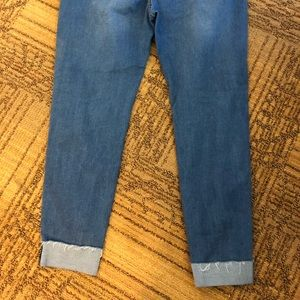 American Bazi Jeans - Stretchy distressed jeans with cuffed ankle 3X